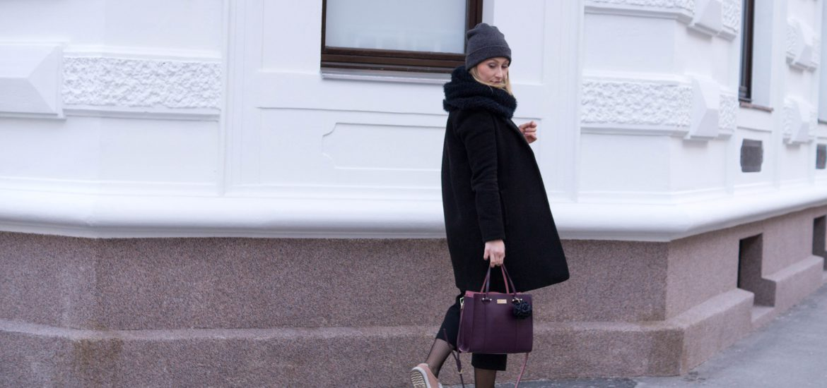 outfit winter blush black ootd