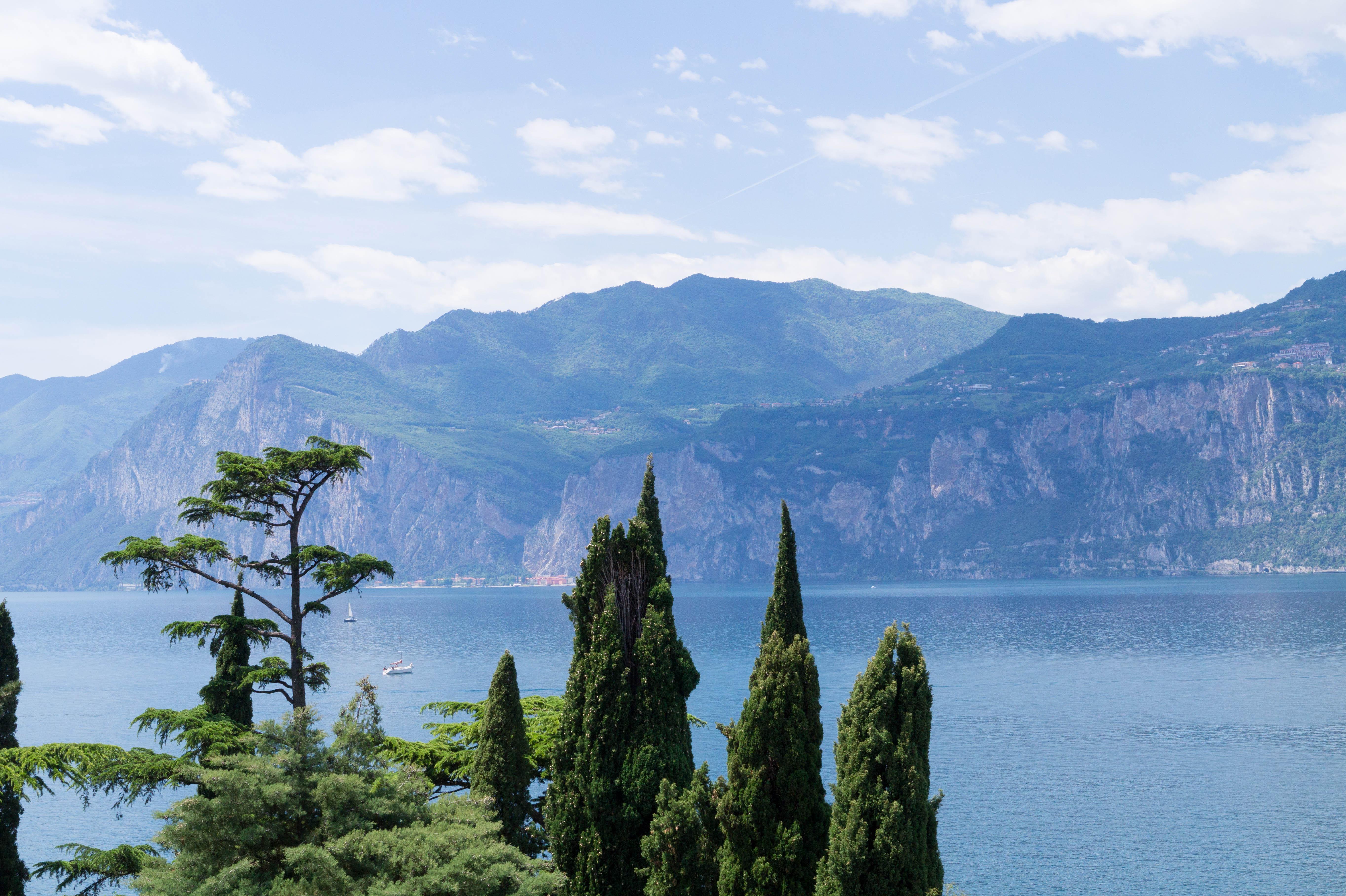 italy italia italien lago di garda lake garda travel blog view