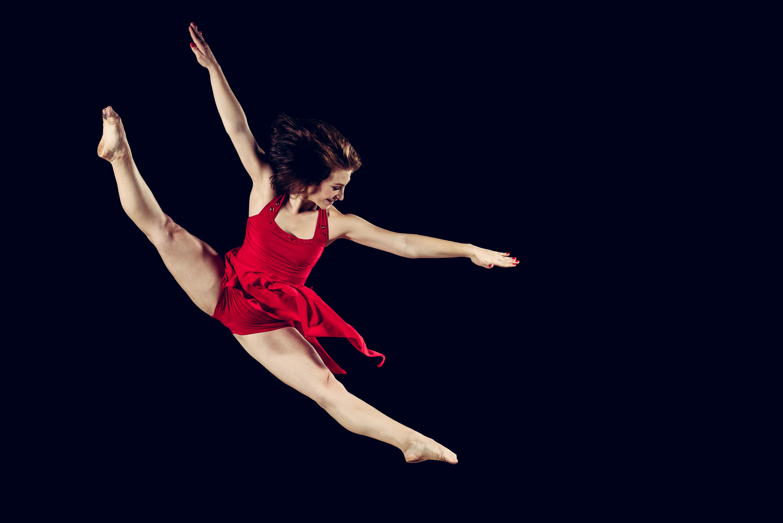 dance teacher dancer dancing tanz tanzen tänzerin tänzer jump sprung split spagat