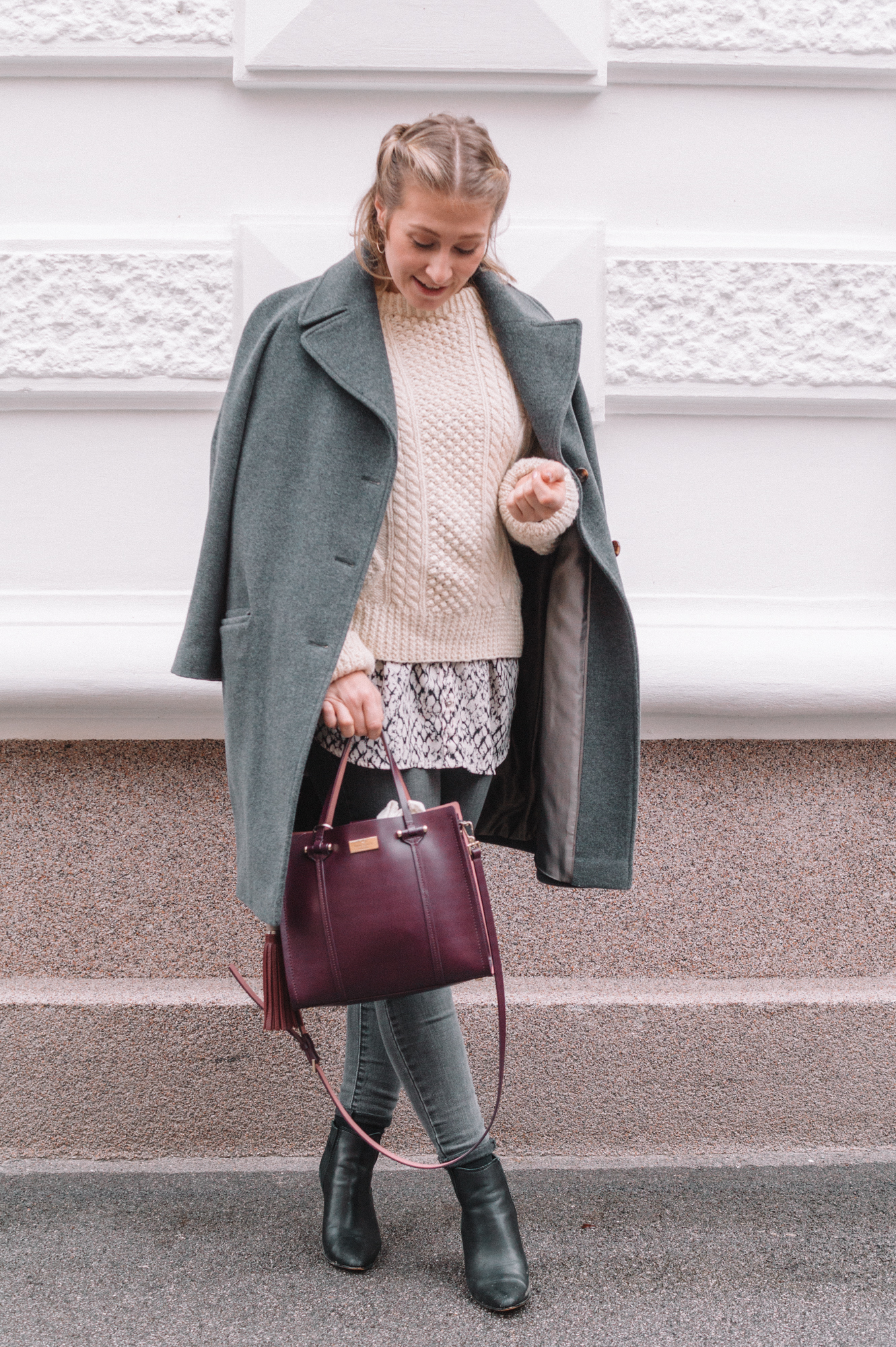 5 Simple Tricks for Dressing Stylish and Warm in Winter