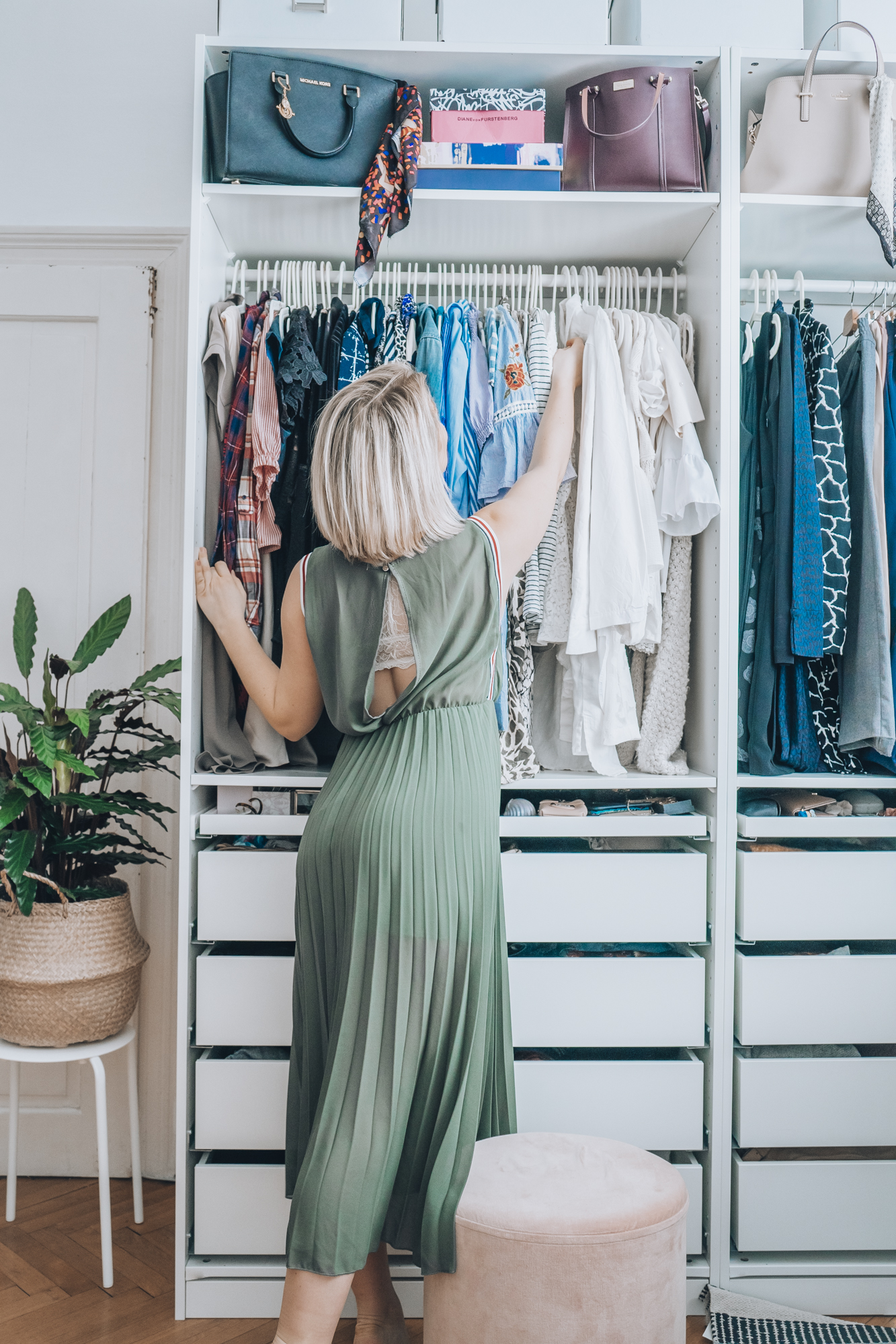 Five Closet Organization Tips That Will Make Picking Your Daily Outfit Feel Like Shopping